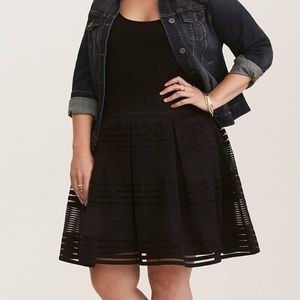 NWT Torrid Striped Sheer Flared Skirt black 1 1X